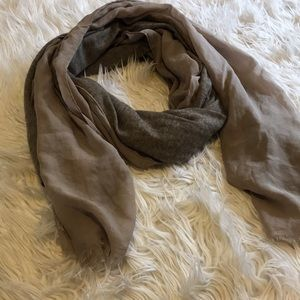 Accessories - Brown scarf | length 74 inches